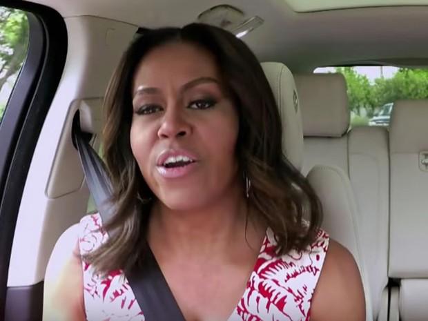 Michelle Obama durante o programa de TV (Foto: Reprodução/Youtube/The Late Late Show with James Corden)
