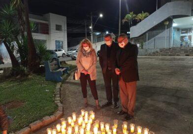 Cerimônia na Paróquia do Divino Espírito Santo homenageia as mais de 500 mil vítimas da Covid-19